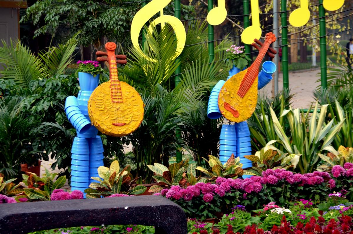Make Your Garden More Attractive with Art Decorations – Gardening ...